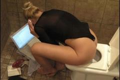 Secrétaire aux toilettes - Humour sexy