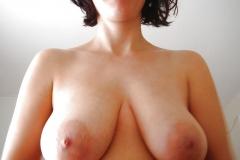 Les gros seins d'une amatrice