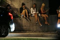 Photos prostituées qui attendent le client -