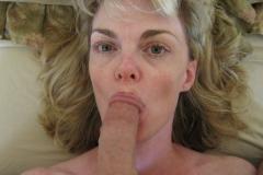 Suce le gland - Femme mature
