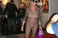 Femme mature nue en lingerie - Salon Venus Berlin 2018